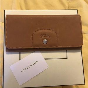 Authentic Longchamp Le Pliage Cuir Envelope Wallet